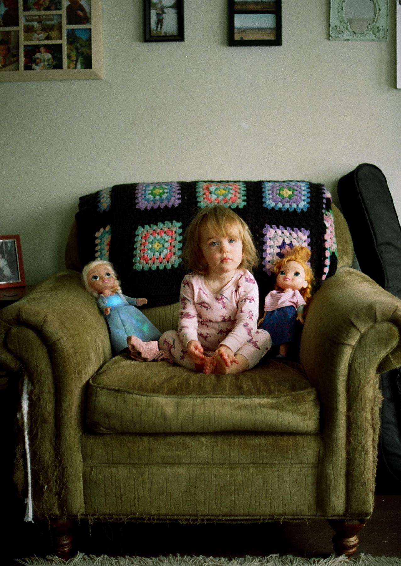 Anna + her dolls