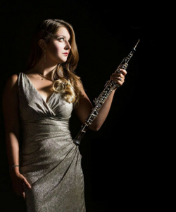 Elizabeth Koch Tiscione, oboe