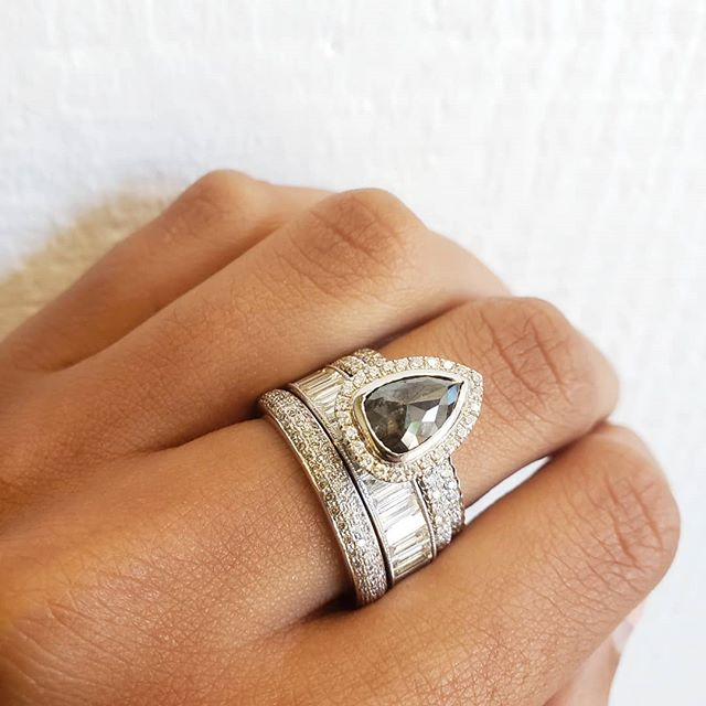 I meannn... can it get any better than these #sethistacks, friday & summer all happening at once?? our answer's no of course 😉💎💕 #rosecutdiamond #pearshapediamond #engagementring