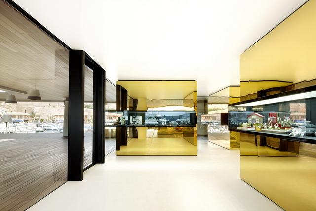 golden boxes 4