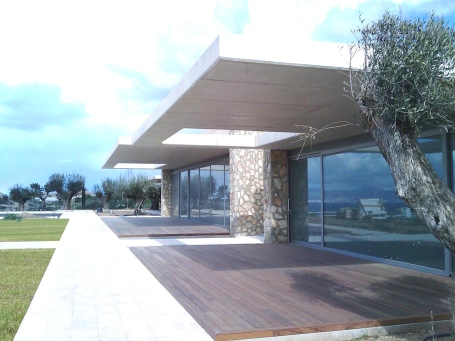 Contemporary-Villa-Mallorca-01.jpg