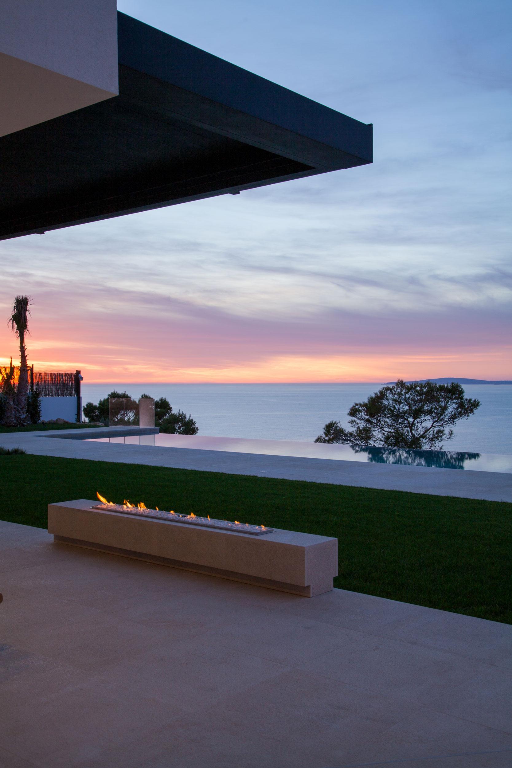 Outside-sunset.jpg