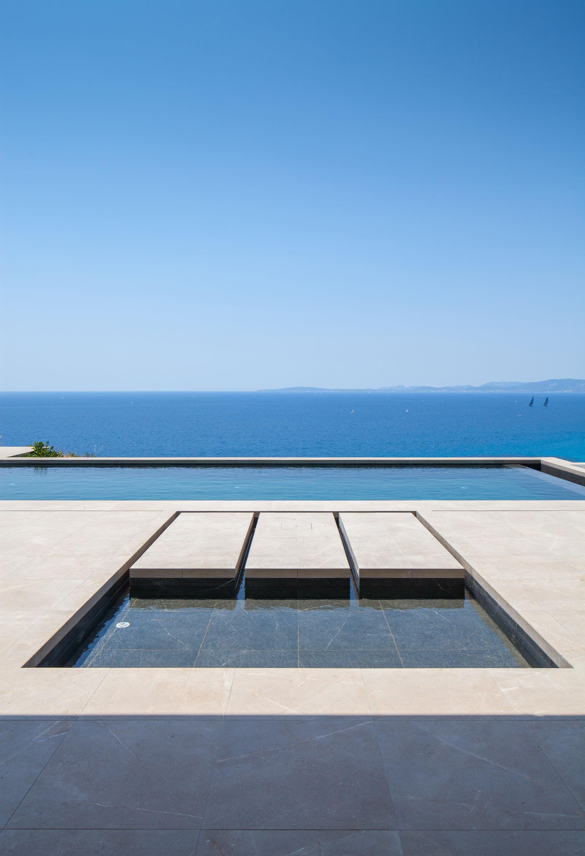 Water-feature-pool.jpg