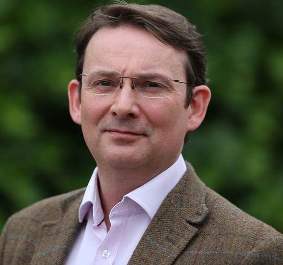 Dr Richard Davey (m)   GP Partner - based at Larwood  MBBS.  A graduate of London University in 1994.  Specialist Interest in palliative care and Clinical Governance.  Available: Monday, Tuesday, thursday & friday
