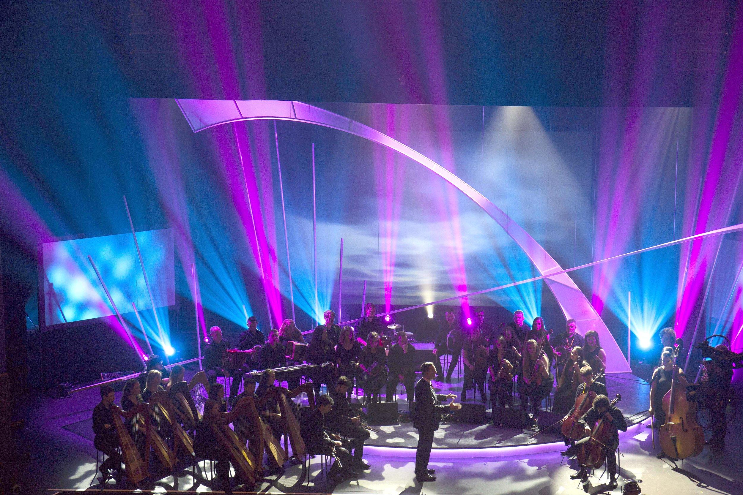 Orchestra at start of piece.jpg