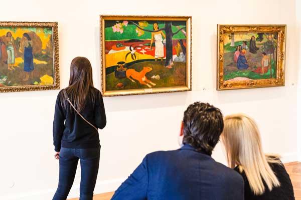 Gallery Stroll