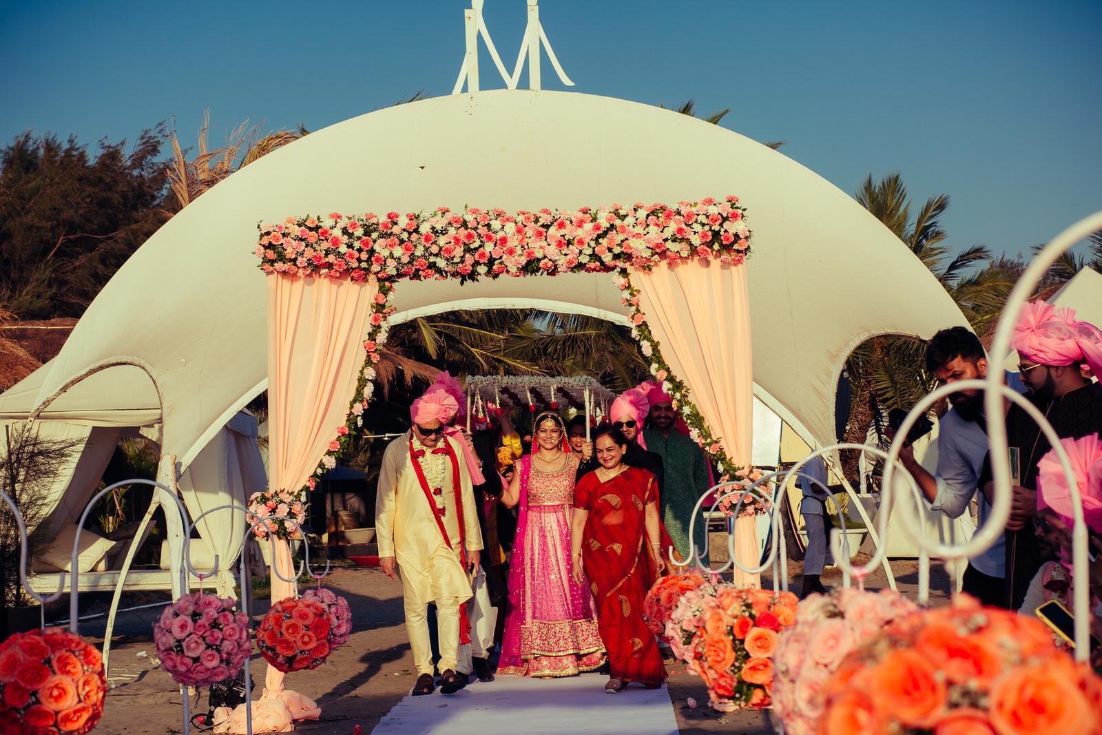 wedding day re edit (472 of 784).jpg