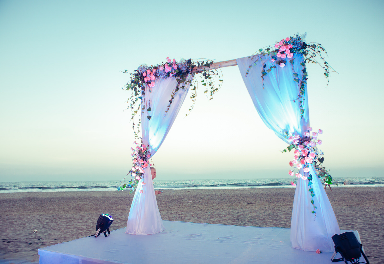 wedding day re edit (649 of 784).jpg