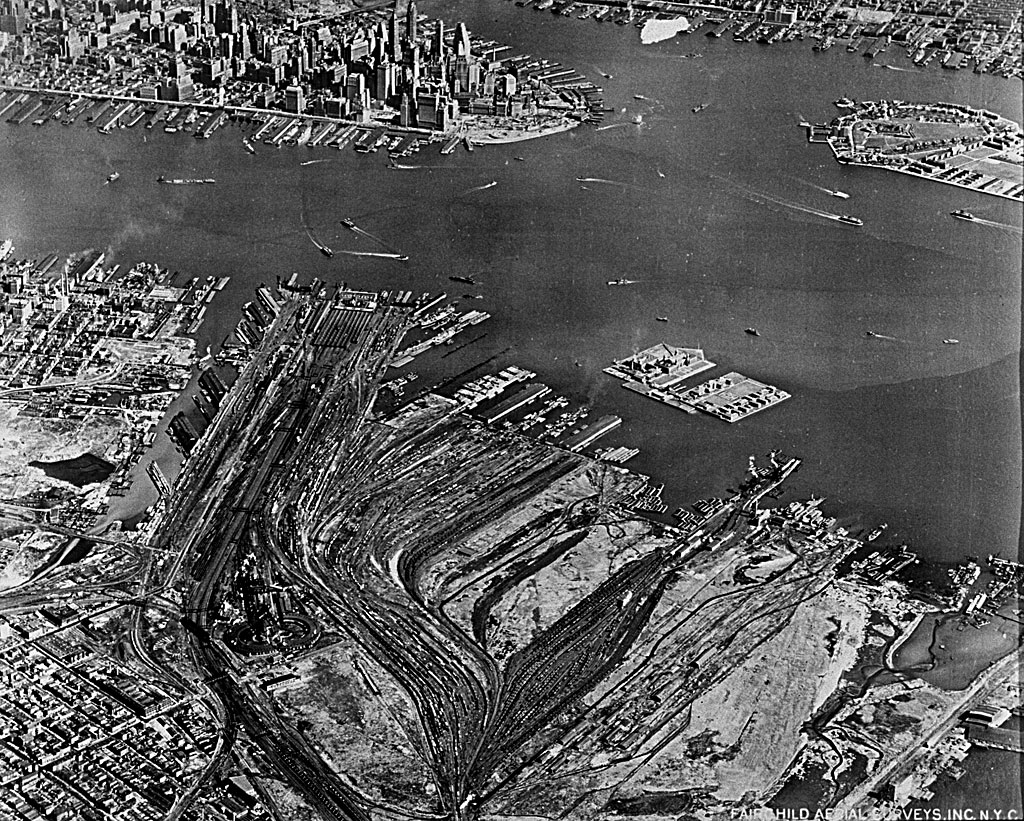 Fairchild aerial view of the CNJ Jersey City Terminal area taken in 1949, now mostly occupied by Liberty State Park. Courtesy of the New Jersey State Archives at Trenton and Thomas Flagg.