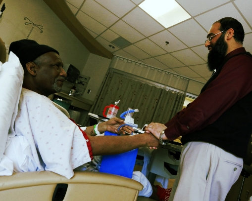 Photo credit: http://www.dispatch.com/content/stories/faith_and_values/2013/04/12/students-healing-gifts-comfort-muslim-patients.html