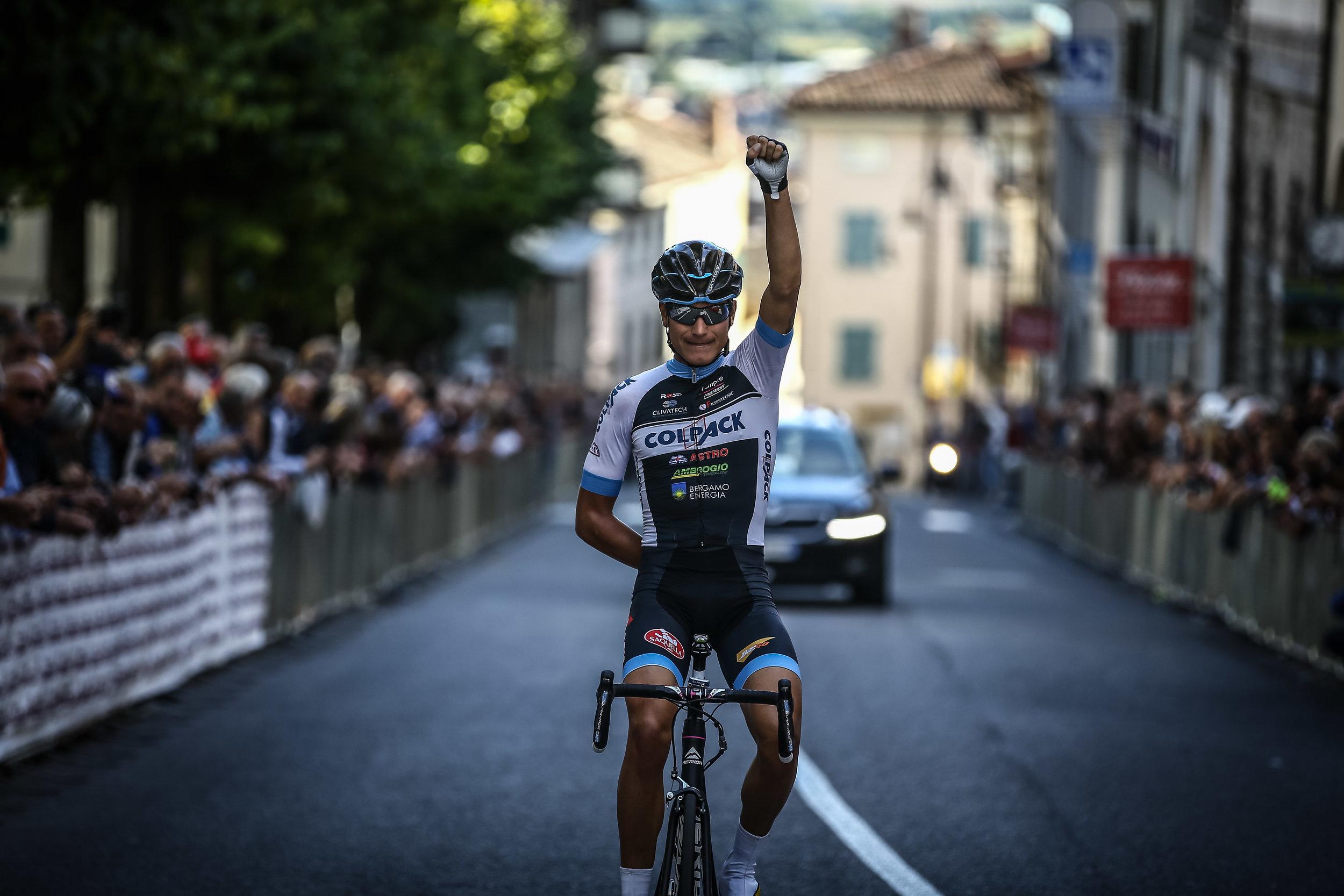 L'arrivo vittorioso di Fausto Masnada (Team Colpack)nella 79ªedizione della Coppa Città di San Daniele 2016