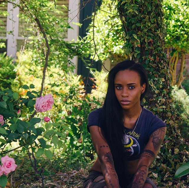 I identify with flowers cuz of the dirt ive come thru. BLOOM. 🌸🌸