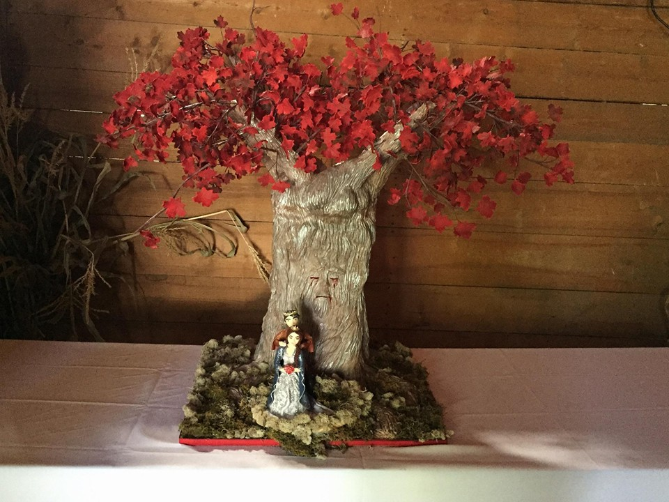 Game of Thrones Weirwood Tree Wedding Cake