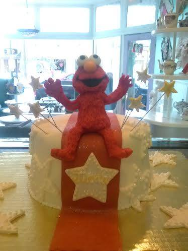 Elmo Sculpture