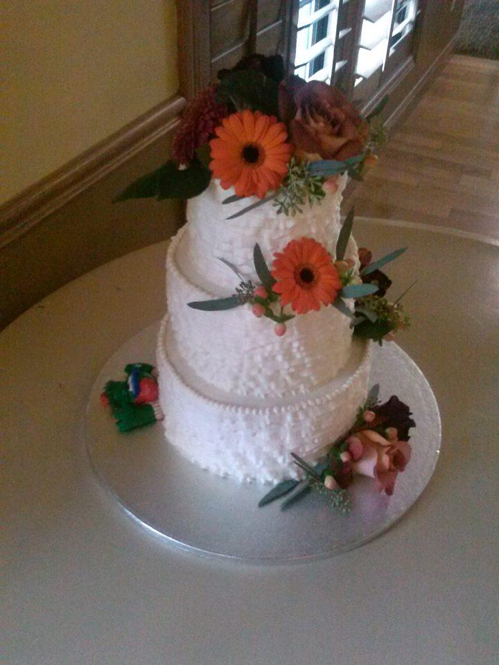 Buttercream Ruffle Cake with Hidden Philly Phanatic!