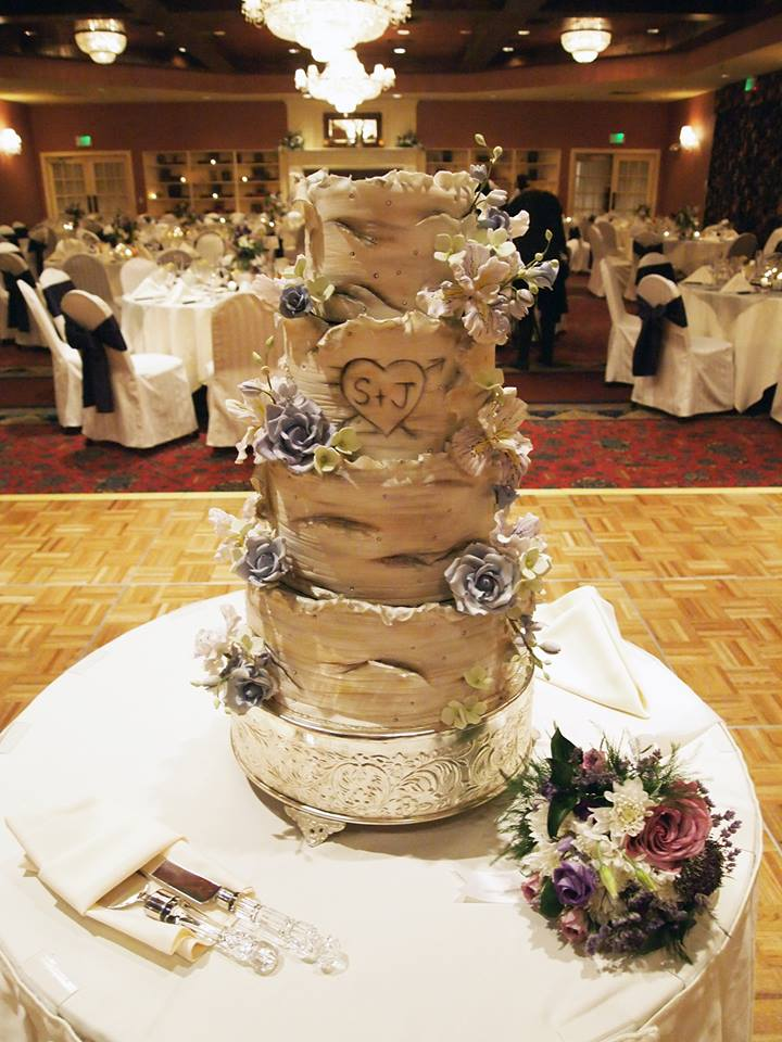 Minion Birch Cake