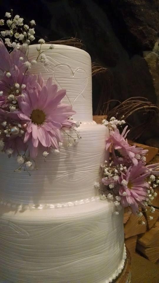 White Woodgrain Cake with Fresh Flowers