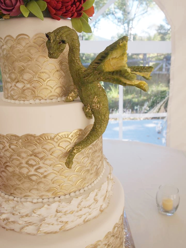 Game of Thrones: Mother of Dragons Cake