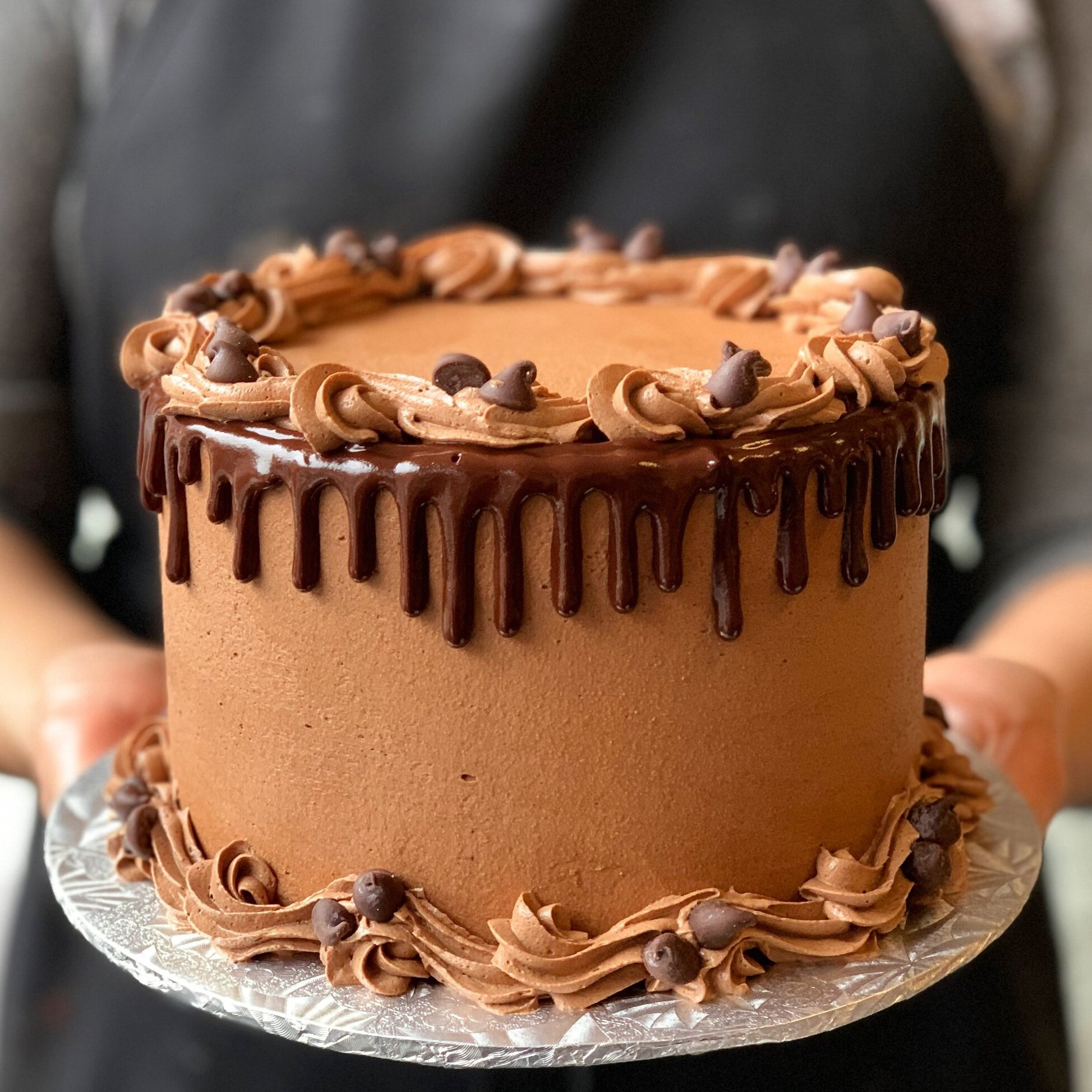 CHOCOLATE CELEBRATION CAKE (GF/K/P)  *Approx. 4g NC per standard size slice