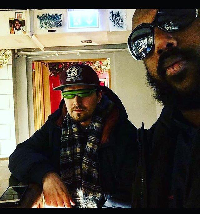 Ikväll har vi dessa legender som rullar plattorna! Hiphop deluxe utlovas! Kom å gunga 🔊🔊🔊 #juditochbertil #juditbertil #hornstull #cocktails #hiphop #hiphop #hiphop #södermalm