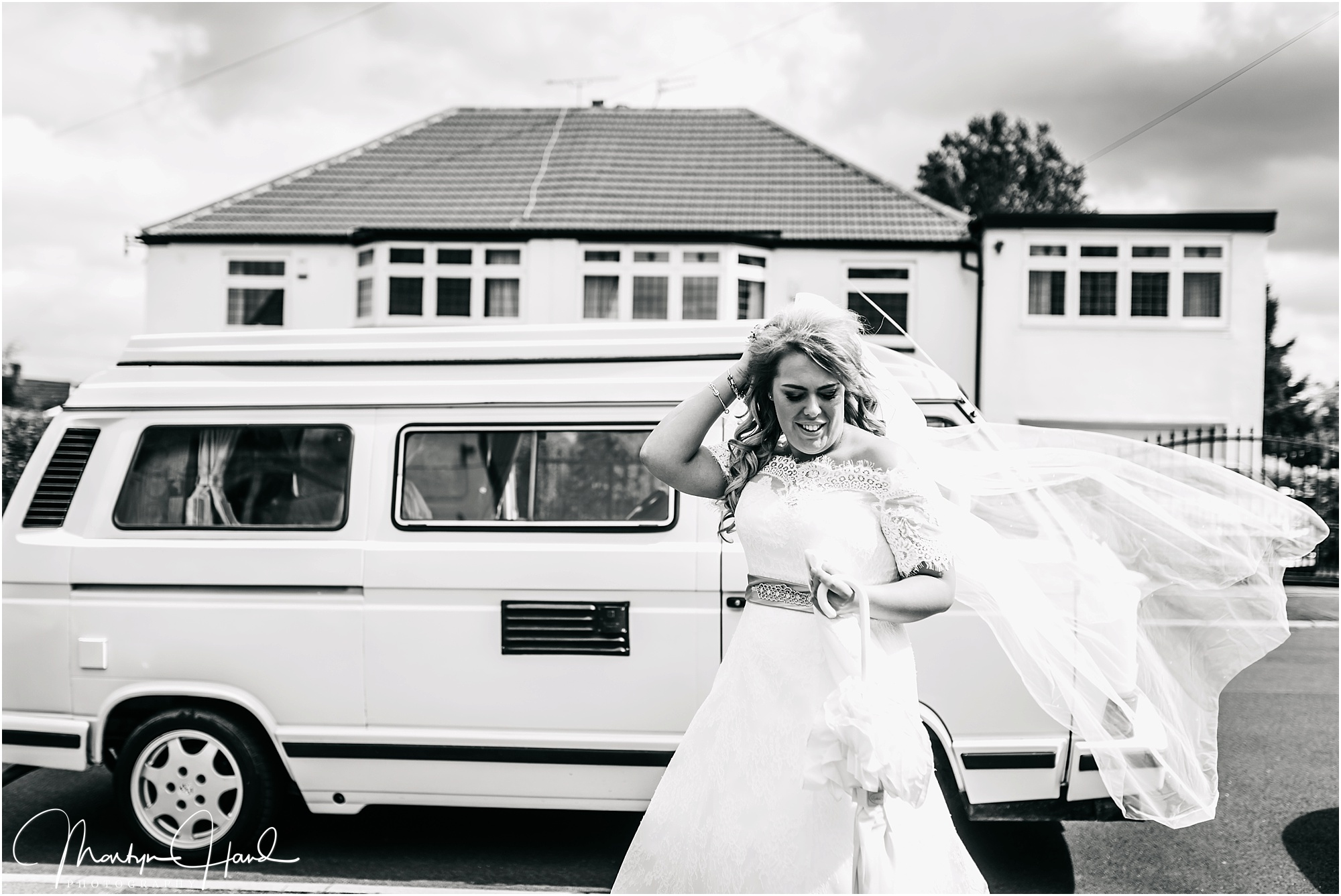Laura & Mark Wedding Highlights-24.jpg