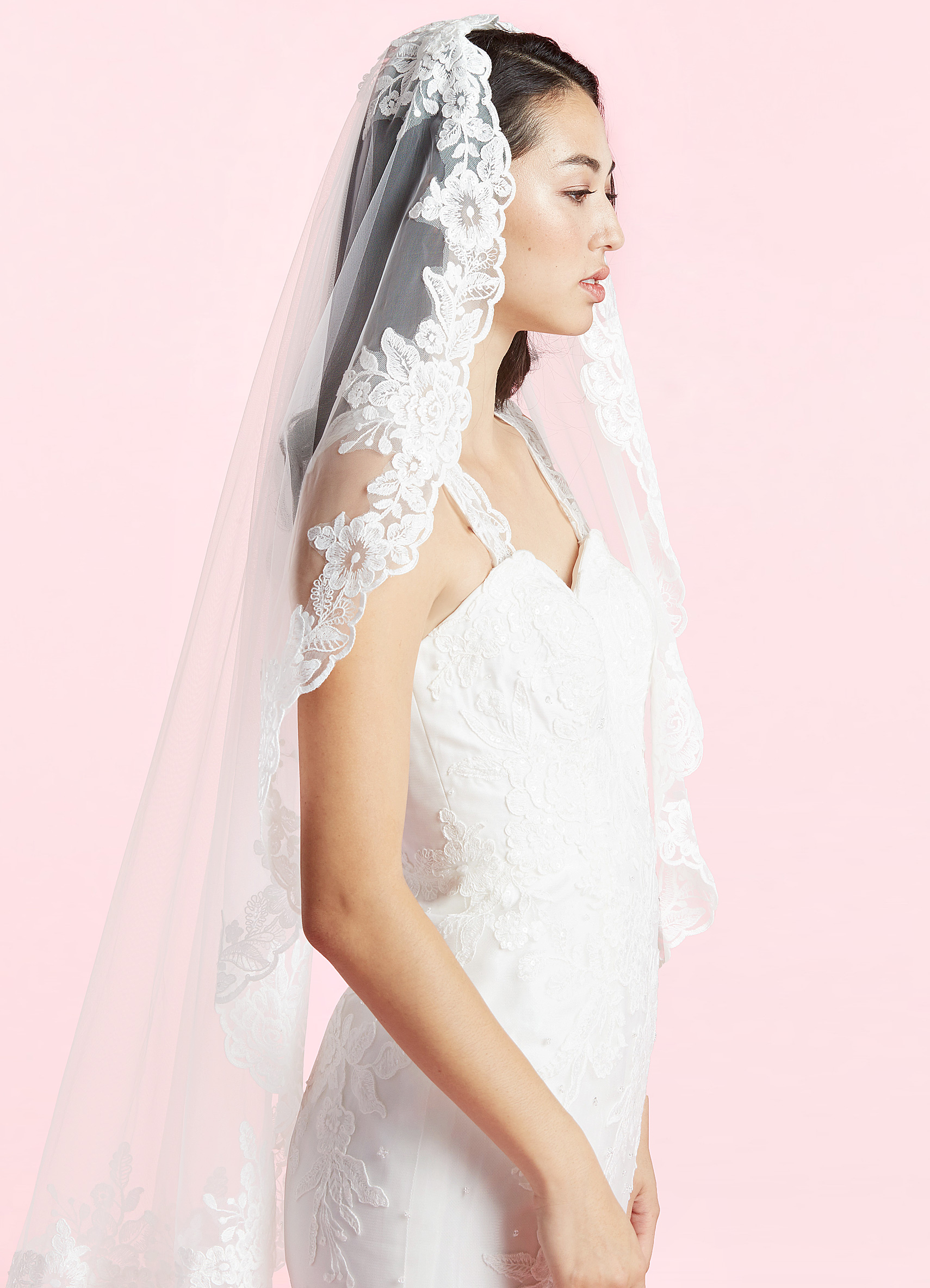 Shopping Tip: Azazie has veil's starting at just $19! Beautiful designs for a steal.