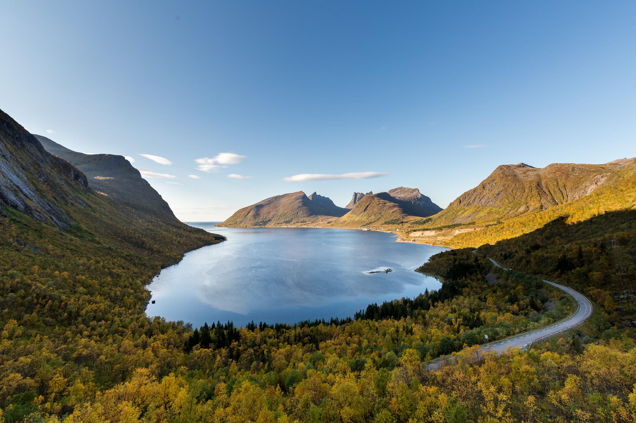 Bergsbotn utkikspunkt på yttersia av Senja.