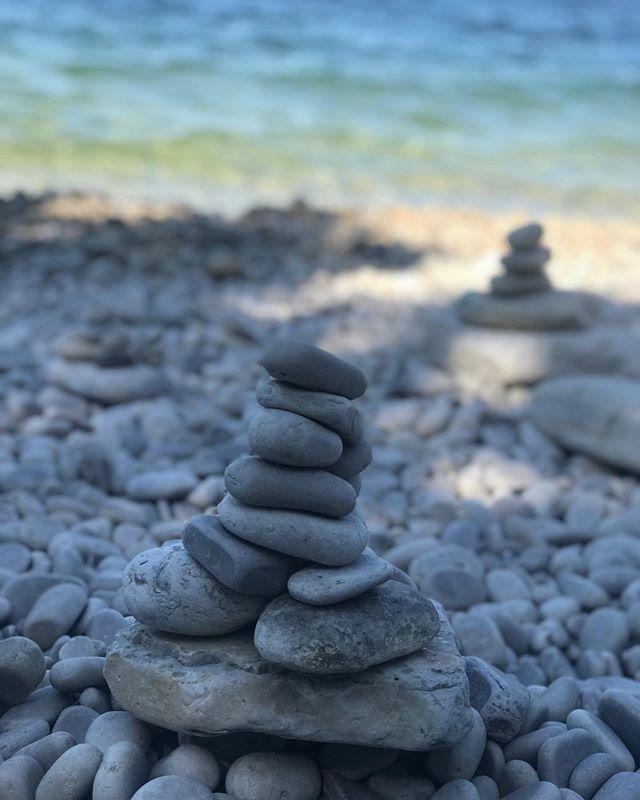 Summer reflections #vacationstacking #stonestacking #takemeback