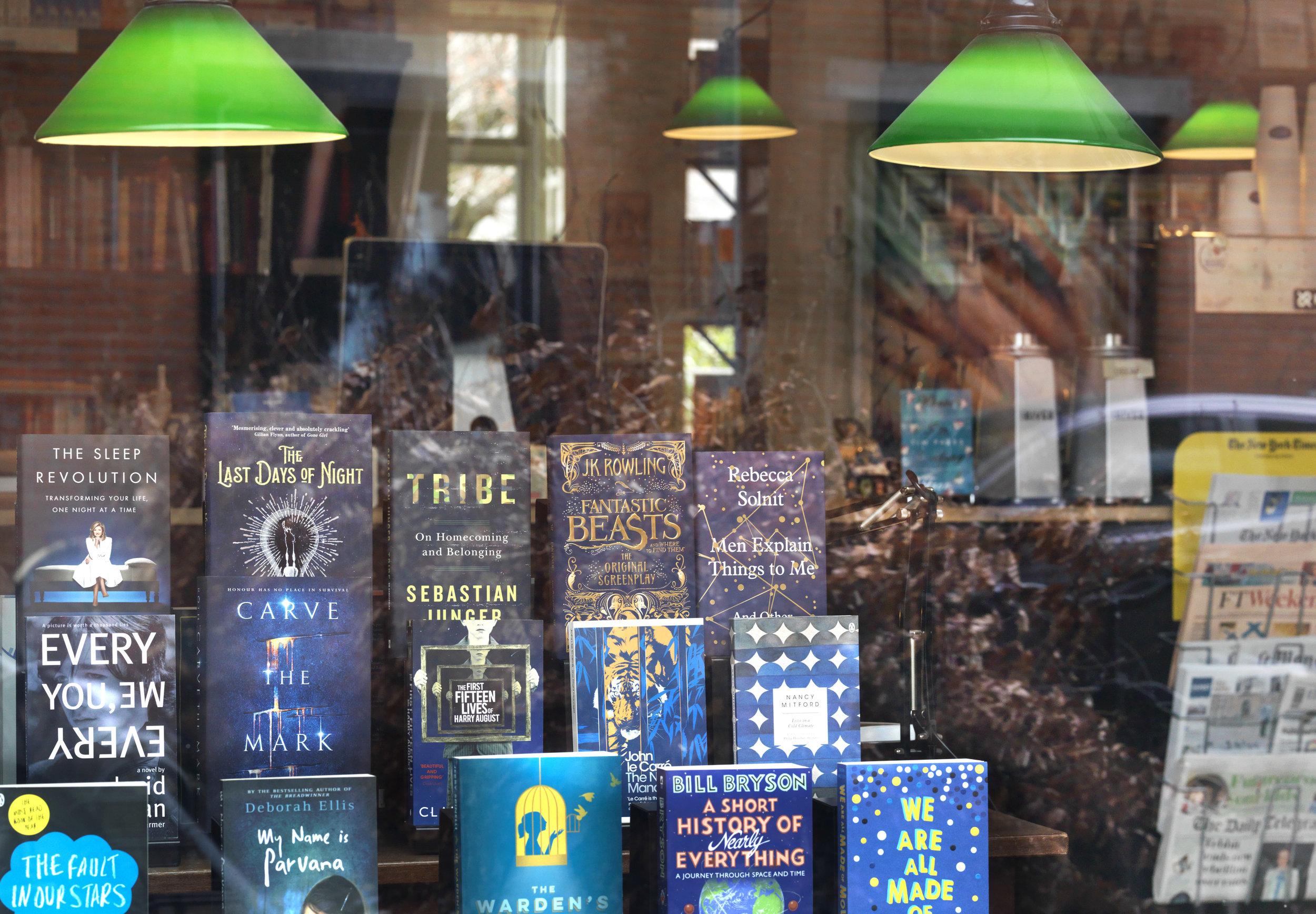 Books&Co_0107.jpg