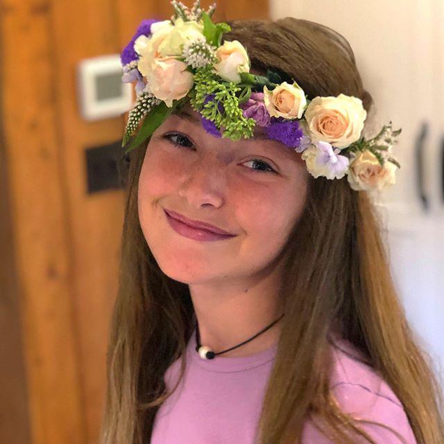 Flower Crown fun in Michigan!  Such cuties!  #flowers #flowercrowns #naturalbeauty #locallygrown #afternoonfun #puremichigan #michigan #thesweatlife #lululemonambassador #lululemon