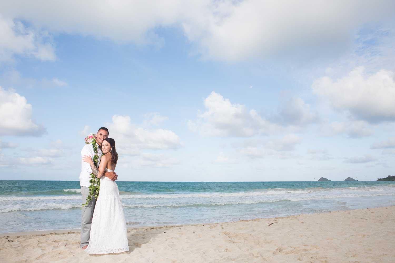 beachwedding_backyardreception_23.jpg