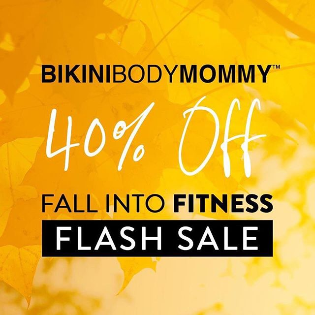 🎉 Take advantage of the biggest home-workout program sale of the year...40% OFF FLASH SALE HAPPENING NOW! 🍂 The link to the sale is in my profile!