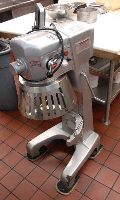 kitchen_1_three.jpg