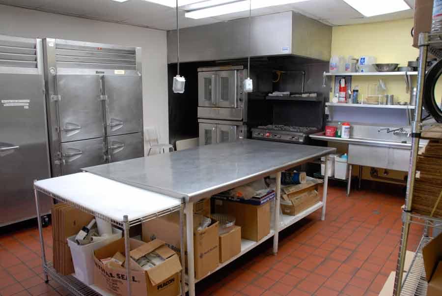 kitchen_3_one.jpg