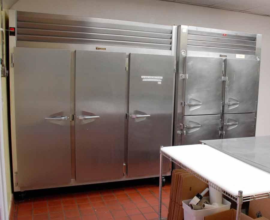 kitchen_3_three.jpg