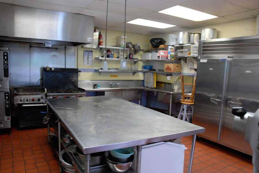 kitchen_4_five.jpg