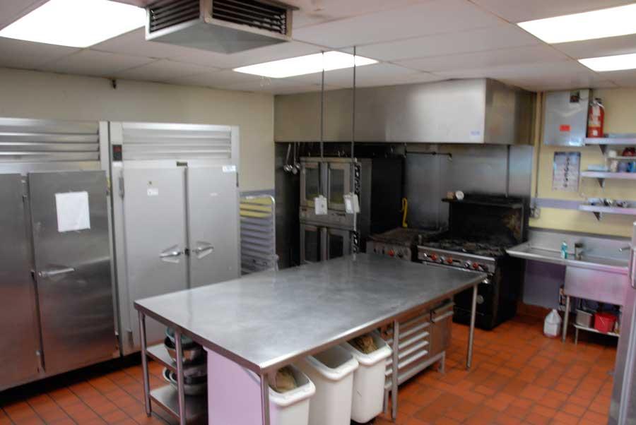 kitchen_4_four.jpg