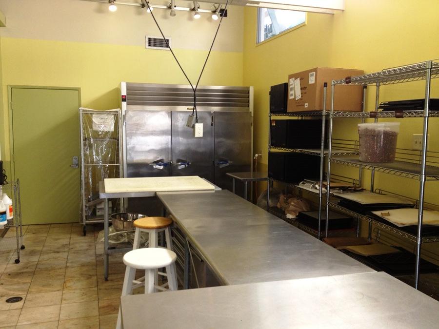 kitchen_5_one.JPG