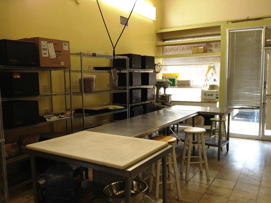 kitchen_5_two.JPG