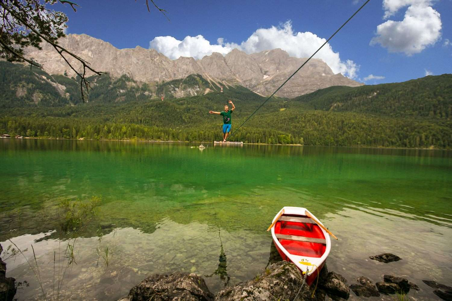 Eibsee-slackline-world-record (4).jpg