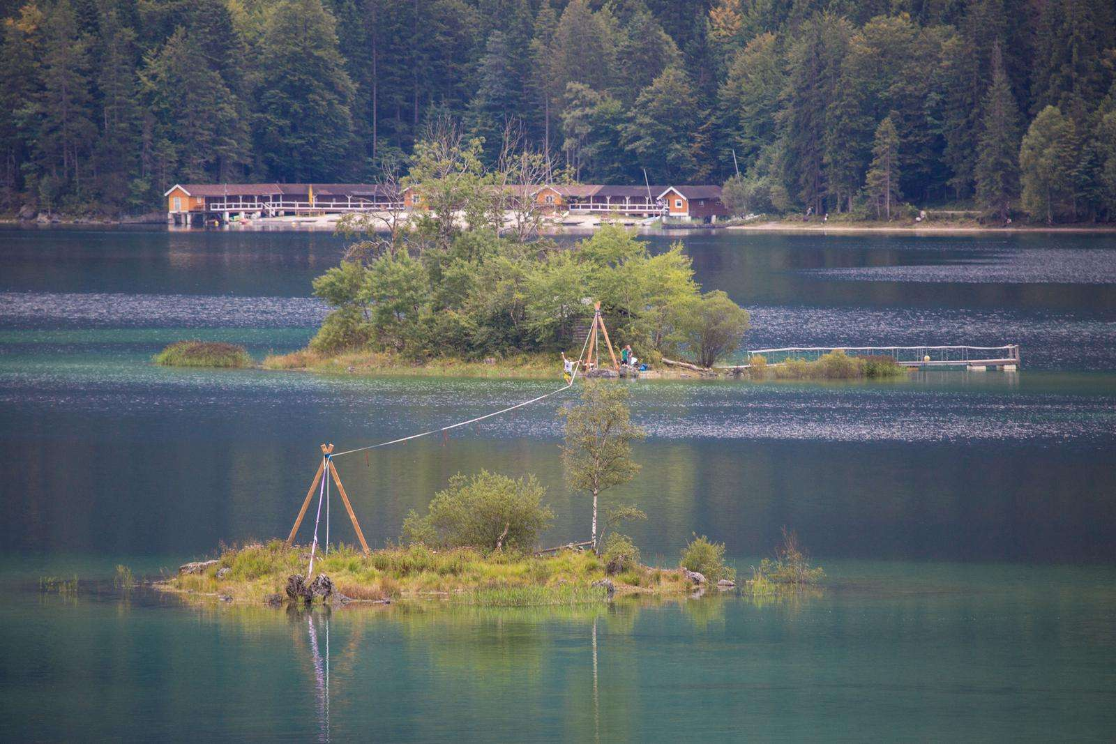 Eibsee-slackline-world-record (9).jpg
