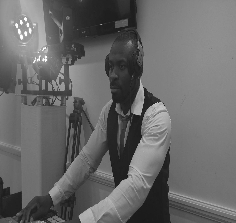 Profile DJ,design,AV and lighting technician.