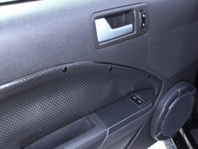 Used-2008-Ford-Mustang-GTPremium-ID683594399.jpg