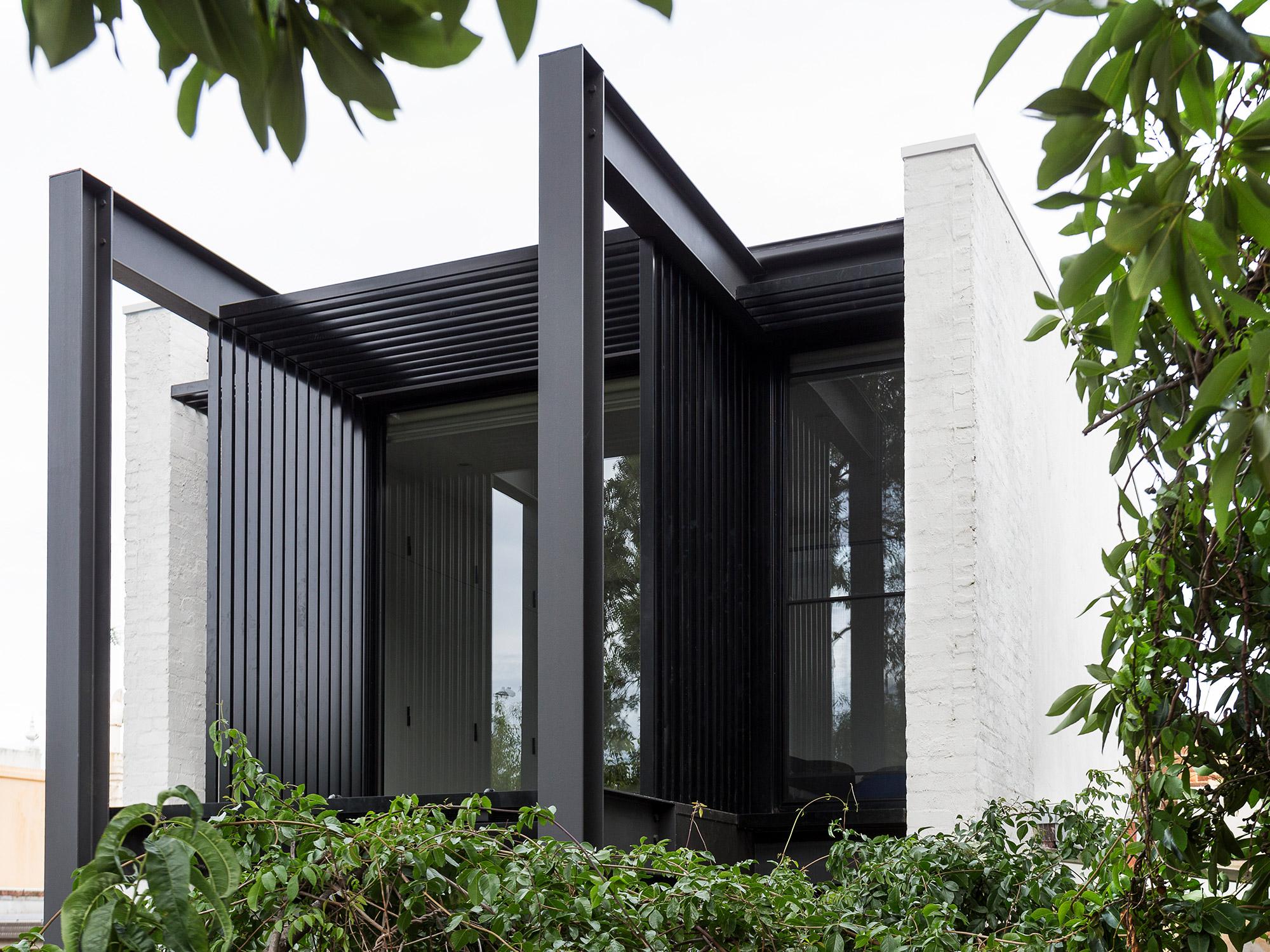 01-carlton-house.jpg