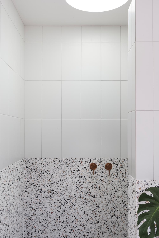 03 Bathroom for Matisse_Shower entry.png