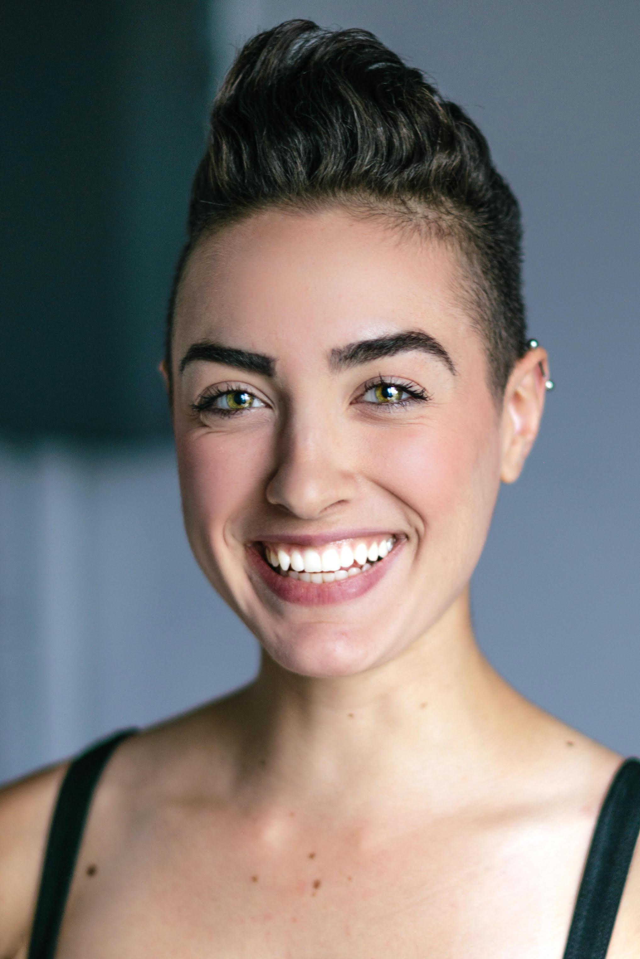 Natalie sourire.jpg
