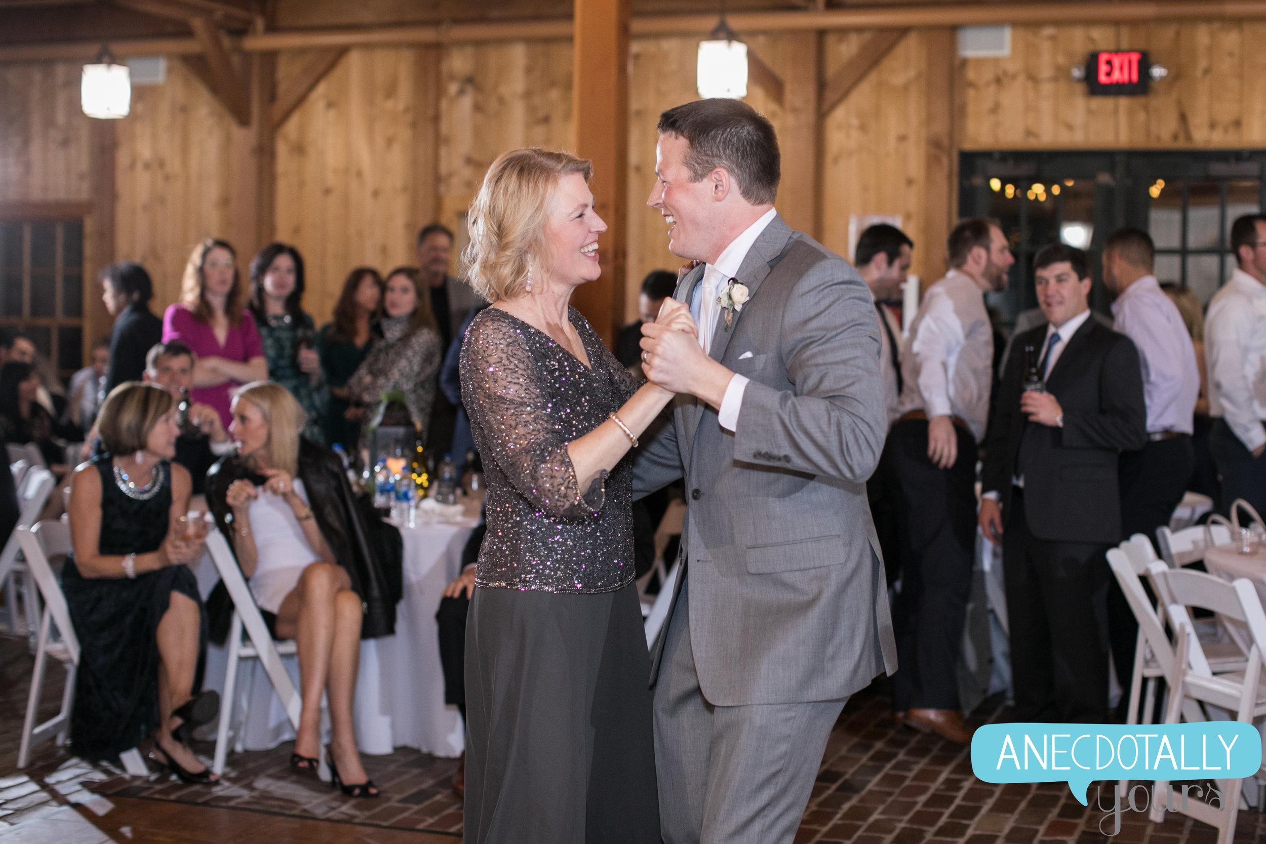 mildale-farm-wedding-165.jpg