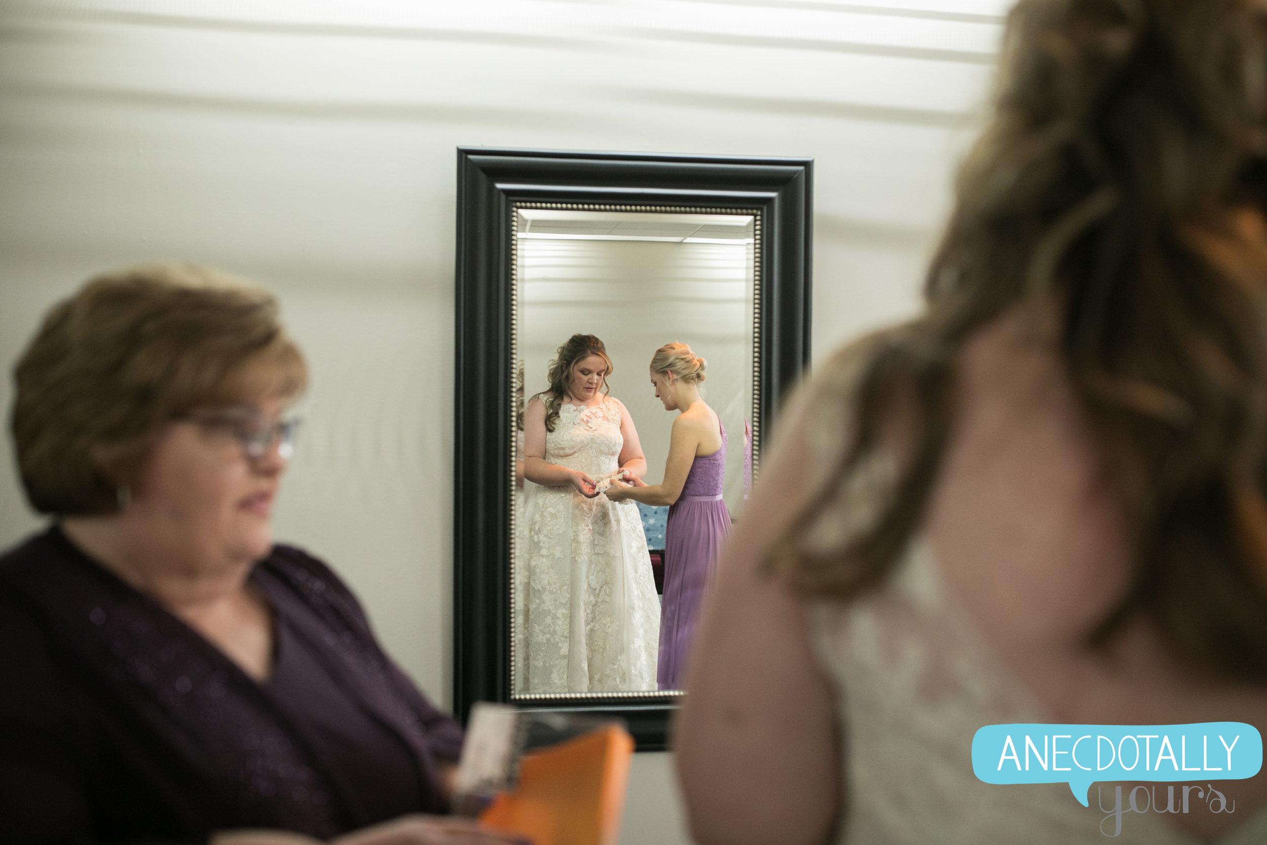 allie-hank-wedding-15.jpg
