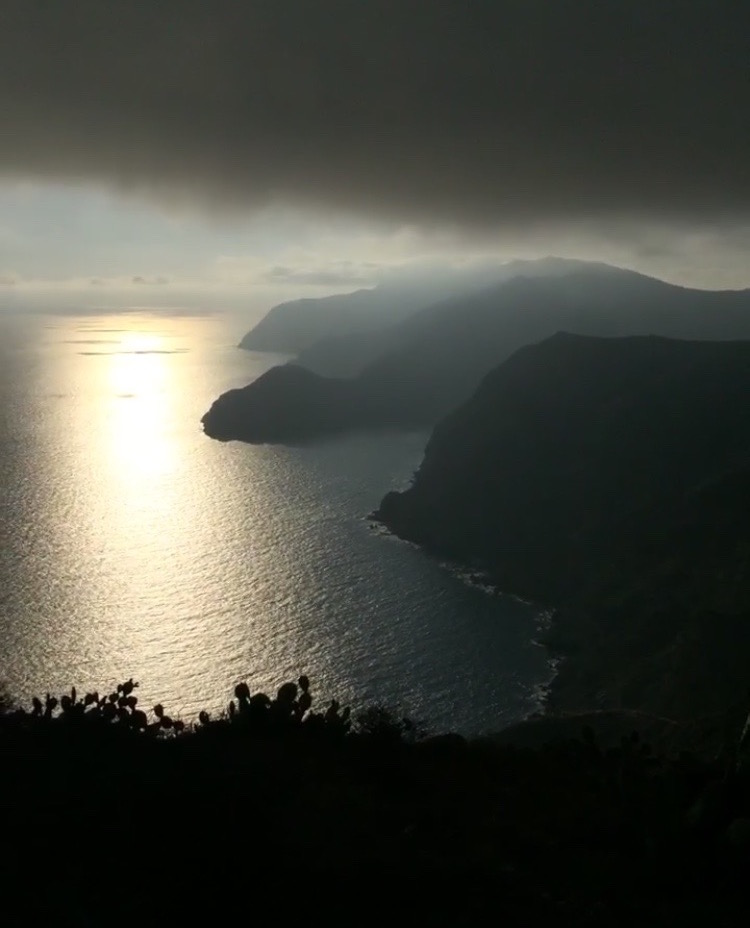 The view from the trans-Catalina trail on the way to Little Harbor