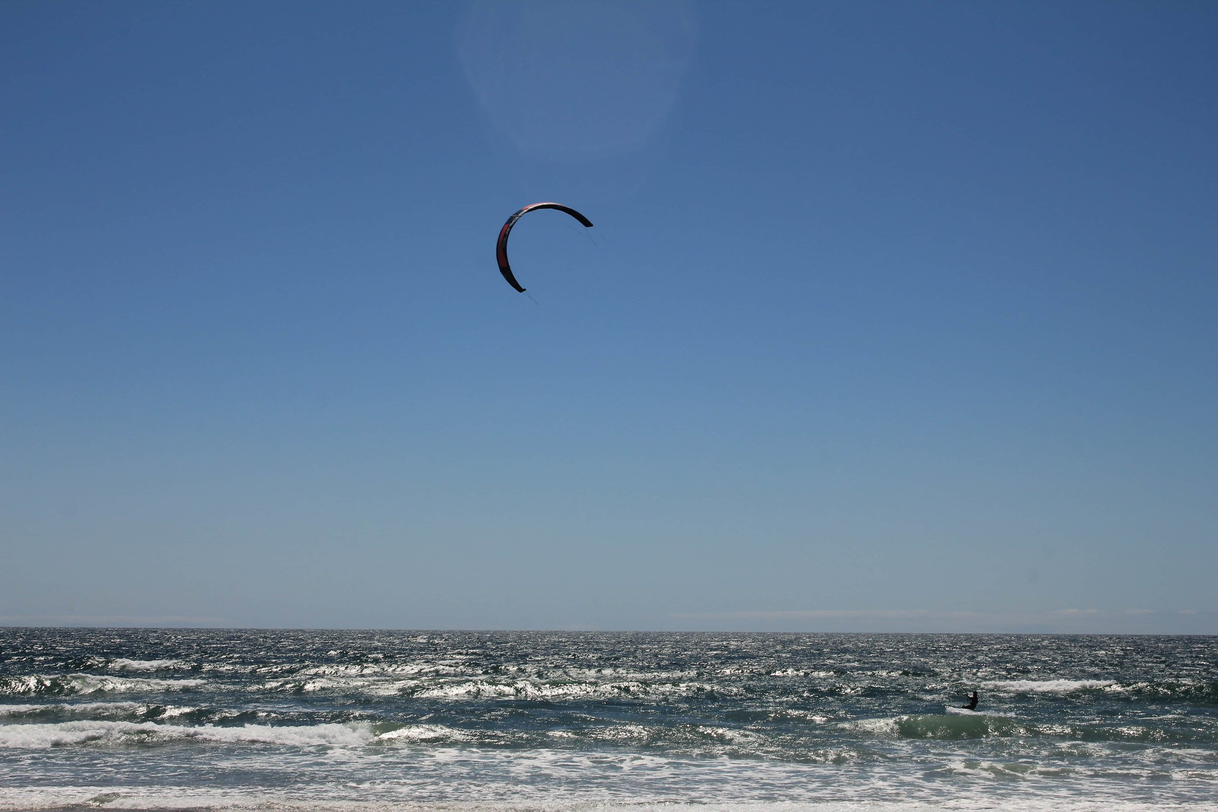 A picture I took of a kitesurfer in San Diego